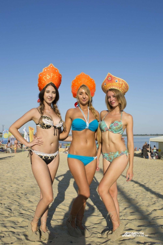 После конкурса зрители увидели дефиле пляжных нарядов от одного из магазинов города.