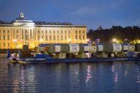 оборудование, предназначенное для строительства новых установок, транспортируется в Омск поэтапно речными и морскими судами
