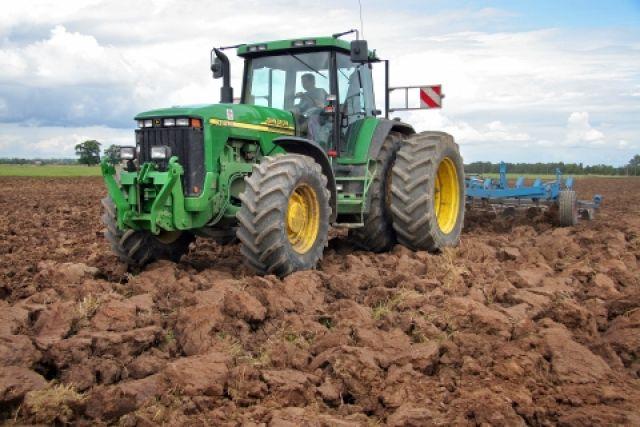 По последним данным, зерновые и зернобобовые культуры убраны всего  на 27% от посевной площади.