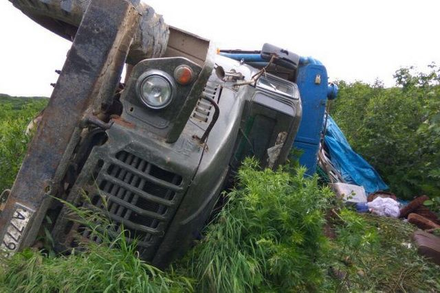Возбуждено дело против водителя «Урала» стуристами, попавшего вДТП наКамчатке