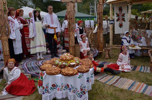 «Свенская ярмарка-2016» открылась наАндреевском лугу