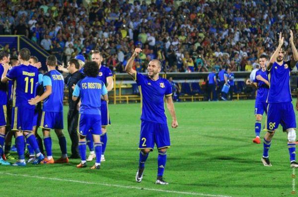 Донские футболисты провели исторический матч.