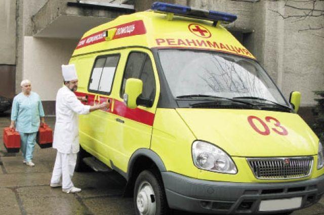 Скорая увезла пострадавшего в больницу