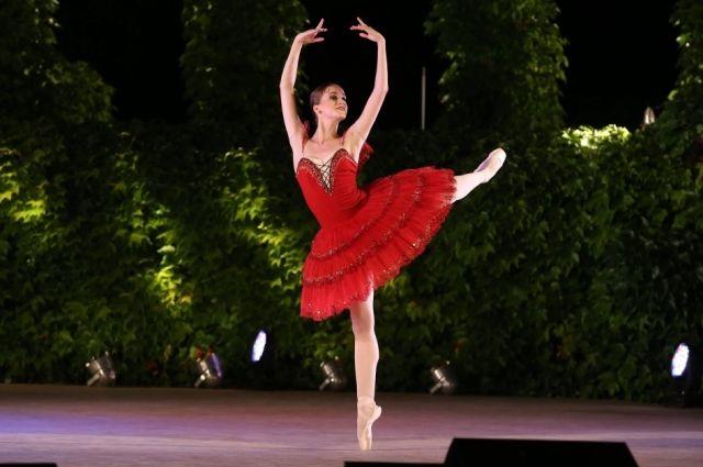 Елена Свинко солистка Красноярского театра оперы и балета.