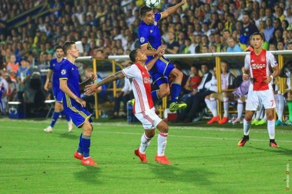 Отметим, что и в предыдущем матче он также с одиннадцатиметровой отметки забил гол в ворота «Ростова».