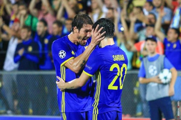 24 августа «Ростов» разгромил «Аякс» со счётом 4:1.