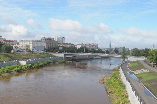 Юбилейный мост вОмске испытают под повышенной нагрузкой
