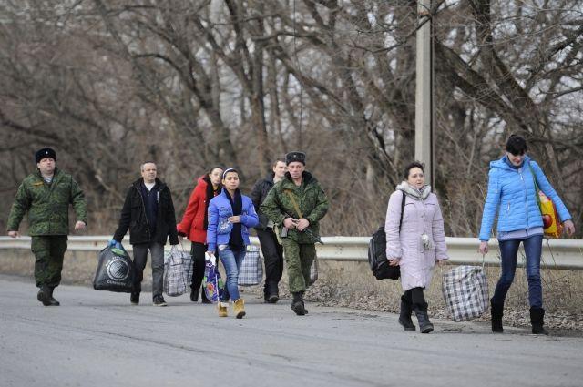 обмен пленными в Донбассе, архивное фото
