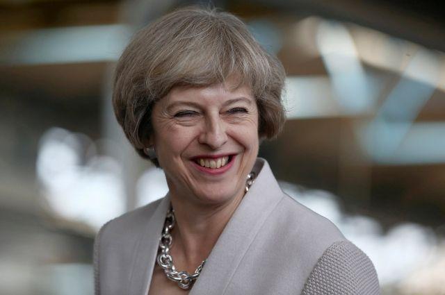 Британский премьер поручила министрам подготовить план выхода изЕС