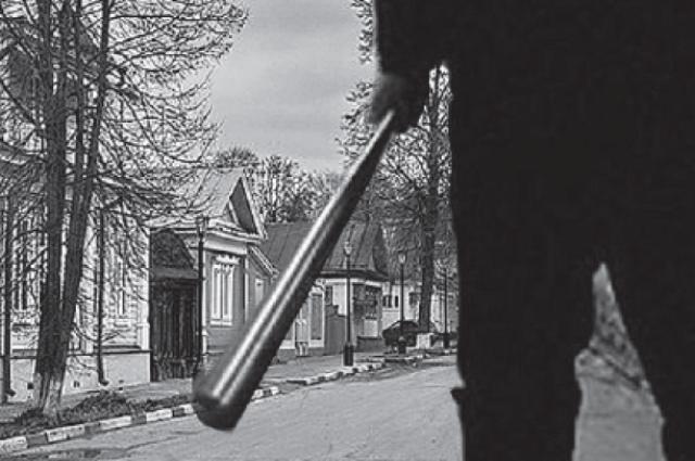 ВНовосибирске мужчина сбитой безжалостно избил незнакомца