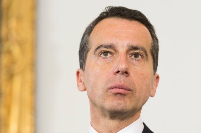Канцлер Австрии предложил остановить переговоры повступлению Турции вЕС
