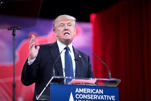 «Гюльчатай, покажи справочку»— Трамп призвал Клинтон обнародовать медицинские карты
