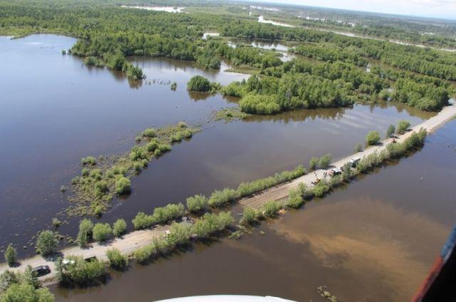 НаКамчатке продолжает расти уровень воды вреках, подтопивших села