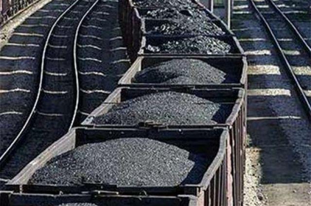 Впорту «Южный» завершают разгрузку африканского угля для украинскихТС