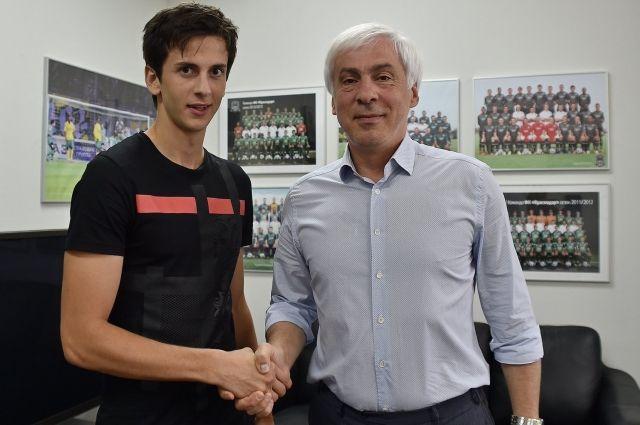 Прошлый футболист «Барселоны» подписал договор сФК «Краснодар»