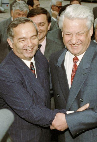 Президент Узбекистана Ислам Каримов и президент России Борис Ельцин. 1992 год.