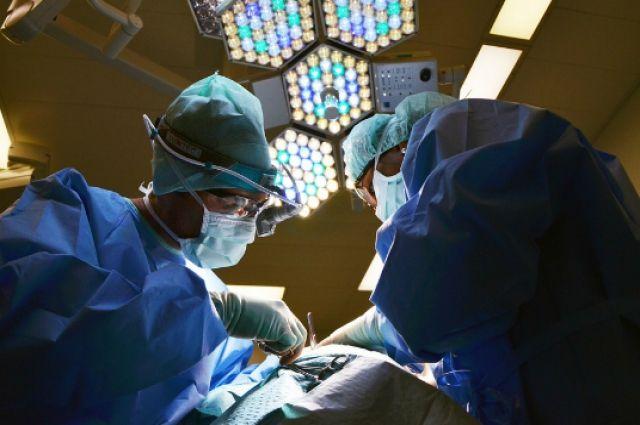 Тюменский доктор первым в РФ провел