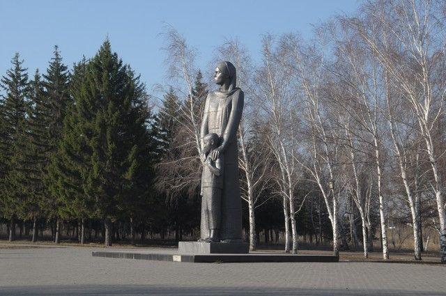 ВОмске торжественно перезахоронят останки бойца ВОВ