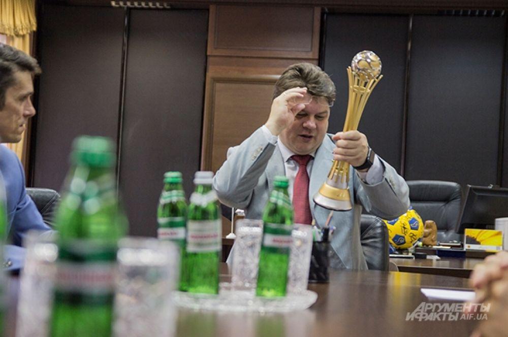 Глава министерства решил повнимательнее рассмотреть главный трофей