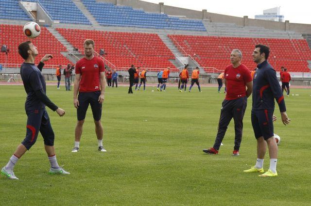 В составе красноярской команды Алексей провел 35 матчей.