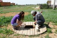 В 2013 году в Абганерово пересохли колодцы и сады. Жителям пришлось самим менять себе водопровод.