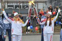 Татьяна Пец и ее дочь Дарья вместе участвовали в эстафете Олимпийского огня.