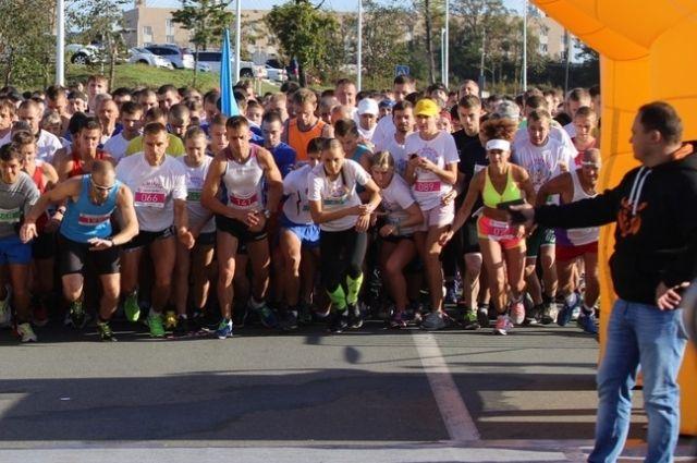 На старт забега выйдут сотни участников.