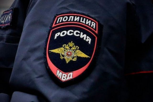 Полицейские изъяли похищенное и вернули законному владельцу.