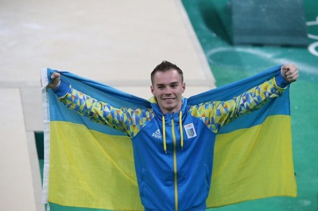 Олег Верняев 8-ой раз признан лучшим спортсменом месяца