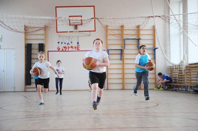 Сейчас самое время записать ребёнка в спортсекцию.