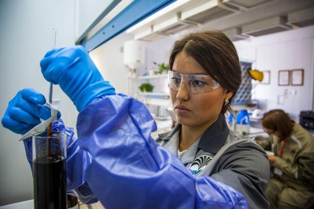 Химический анализ нефти - дело тонкое.