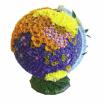 Такой вариант оформления потребует достаточно большое количество времени, а если весь глобус облепить искусственными цветами, стоять этот креатив будет хоть целый год