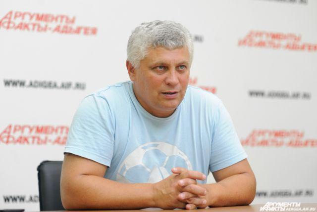 Евгений Попов - первый тренер Виктории Калининой.