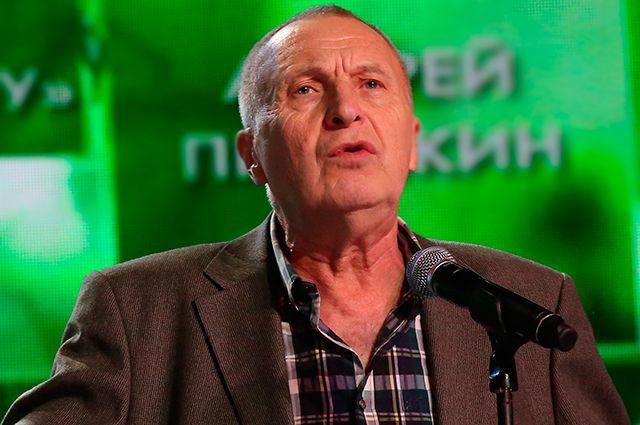 Андрей Смирнов.