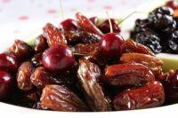 Сушка внешний вид фруктов изменяет не в лучшую сторону, но сохраняет до 70% витаминов