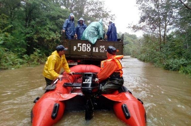 Наводнение в Приморье: 400 человек эвакуированы из затопленных сел