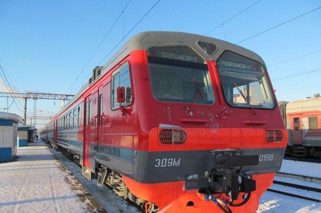 Пригородные поезда снова соединили Тамбовскую иСаратовскую области