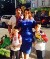 Семен Семенченко со своей семьей при полном параде