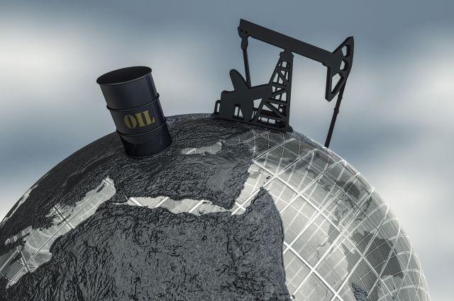 Нефть подорожала после падения вчетверг