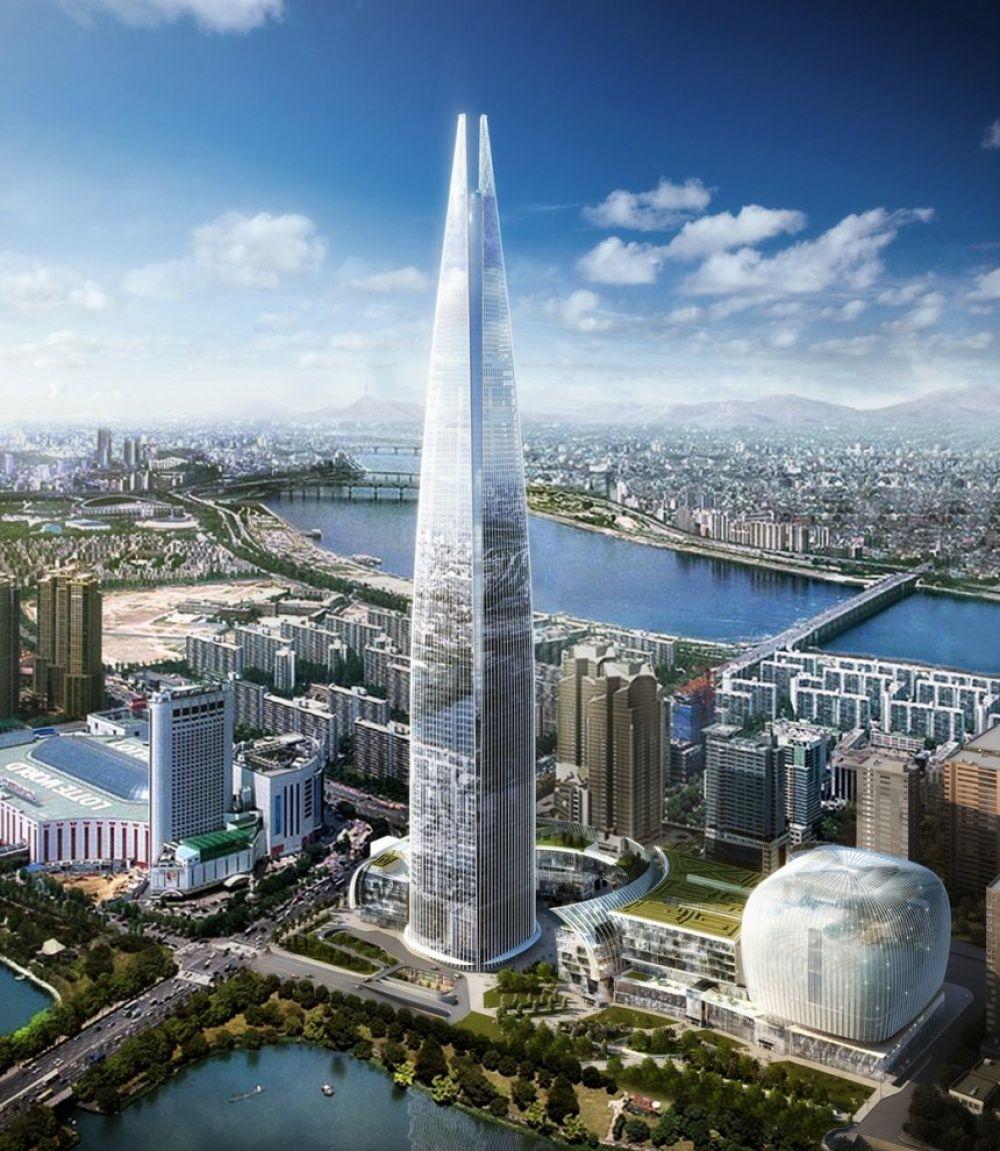 Lotte World Tower находится в Сеуле. Высота - 556 метров