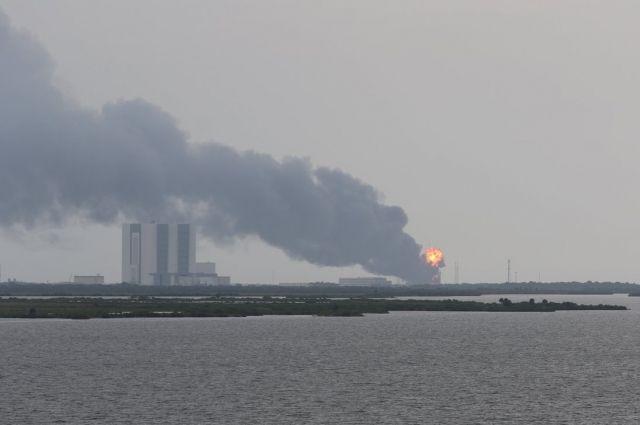Последствия взрыва ракеты Falcon 9
