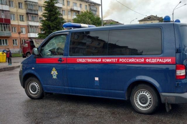 ВСаратове изрезанный ножом мужчина скончался вподъезде дома наРахова