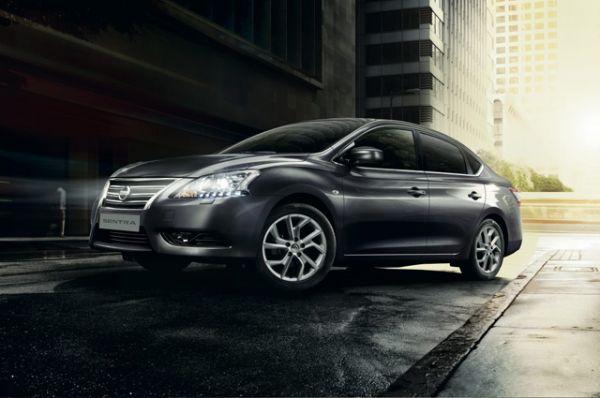 Nissan Sentra, цена в России — от 896 000 рублей. Однако стоит отметить, что американская Sentra сильно отличается от российской по многим показателям и характеристикам.