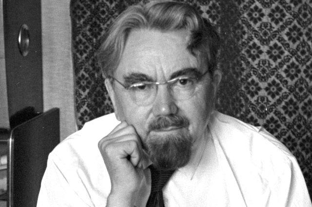 Писатель-фантаст Александр Петрович Казанцев, 1969 г.