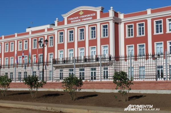 Картинки по запросу суворовское училище тула