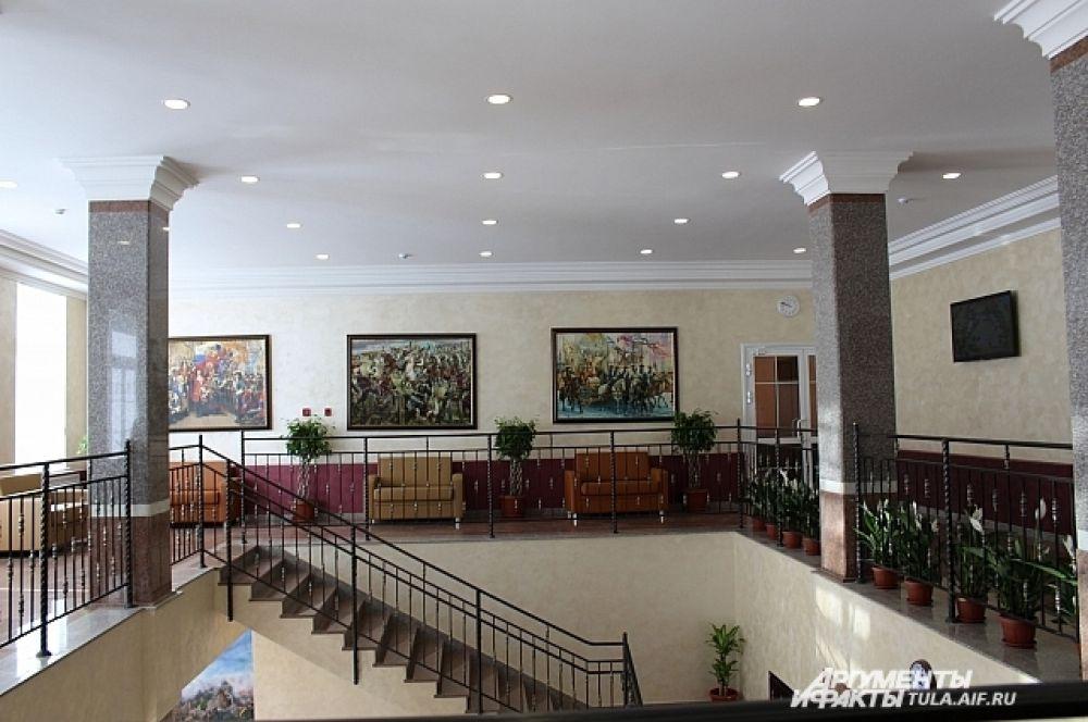 Хол в учебном корпусе