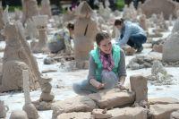 Мастер-классы по лепке из глины, рисунку, скульптуре будут проходить, например, во Дворце пионеров на Воробьёвых горах.