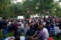 Кино на траве собрало полтысячи зрителей
