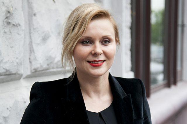 Яна Троянова.