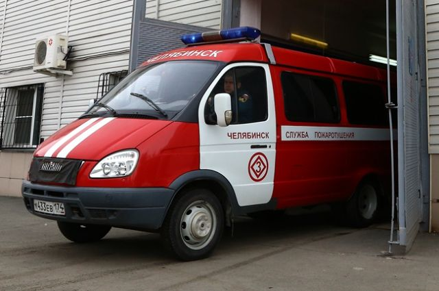 14-летних школьников подозревают вподжоге микроавтобуса наулице Копейска